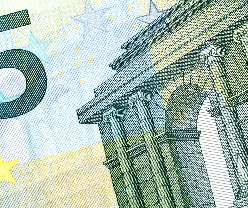 Premie uitvaartverzekering maandelijks of jaarlijks betalen